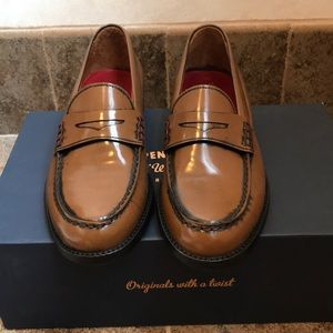 Women's Tommy Hilfiger Penny Loafers- never worn